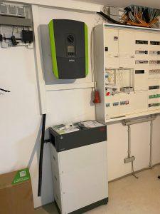Wechselrichter + Stromspeicher